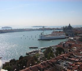 Карнавалът във Венеция от Варна