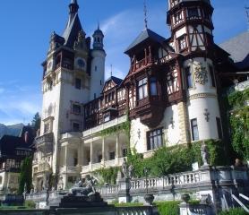 Екскурзия до Букурещ-Бран-Брашов-замъка Пелеш-Синая и Парламента от Добрич,Варна,Шумен,Русе